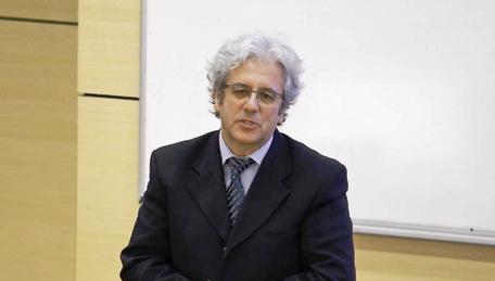 Prof. dr. Mustafa Altındiş